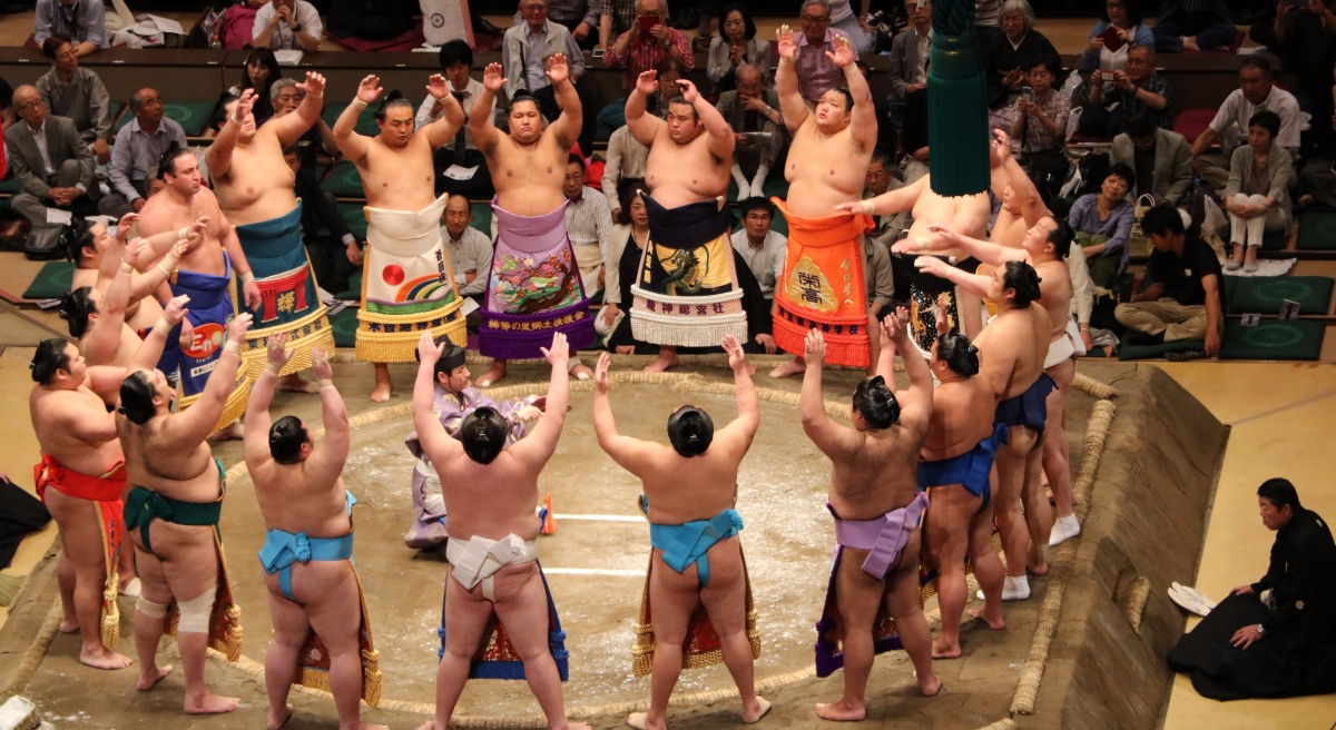 Tournois de Sumo au Japon - THE Experience!